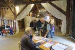 Little Bookham Tithe Barn - Welcoming Visitors
